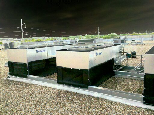 DRC Factory Data Center Rooftop Liebert with PreVent Filter