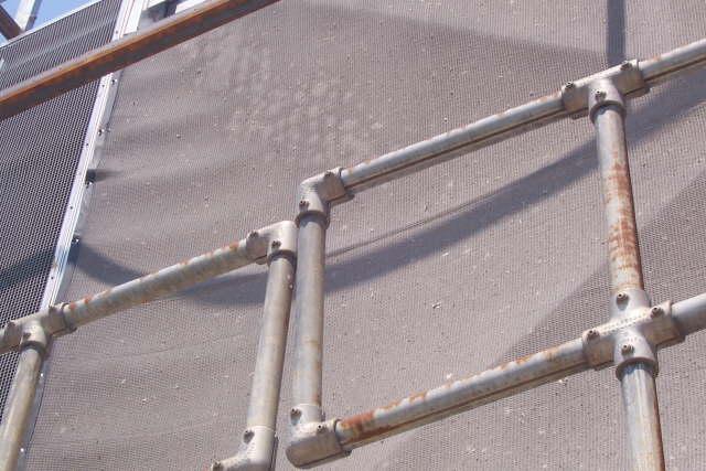 cooling-tower-prevent-debris-closeup
