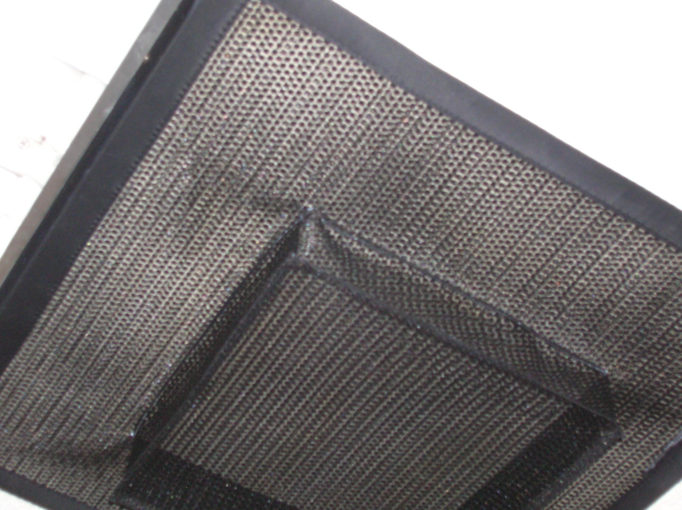 model-u-air-diffuser-filter-closeup5
