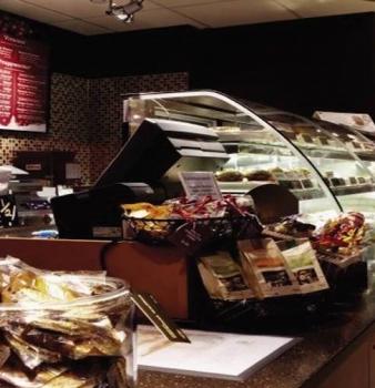 Innovative Ideas Display Premium Pastries